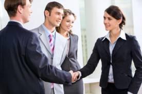Le BTS en contrat d'apprentissage combine la formation théorique à la pratique en entreprise