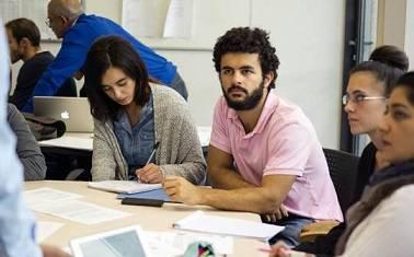 Innovation pédagogique : des cours renversés à l'ESILV.